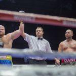 Непереможний український боксер брутально знищив суперника в третьому раунді