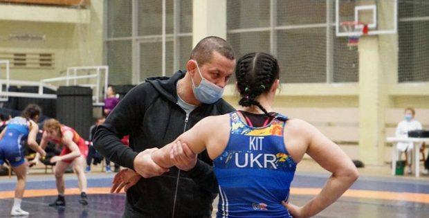 Прикарпатки здобули медалі чемпіонату України з жіночої боротьби